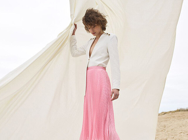 CLUB MONACO<br>a different side OF PINK