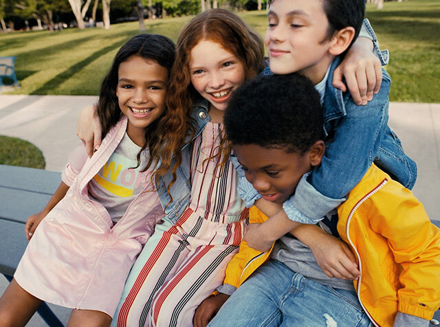 TOMMY HILFIGER KIDS<br> 19 SS SEASON OFF<br> UP TO 30% OFF + COUPON